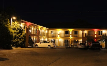 Econo Lodge Inn & Suites Lodi