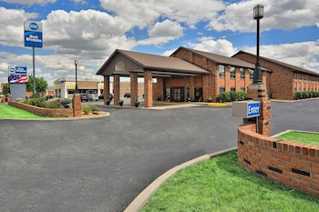 Best Western Falcon Plaza Bowling Green