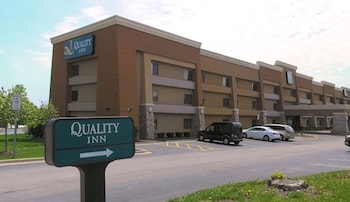 Quality Inn Hoffman Estates