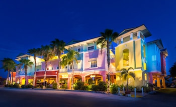 Lighthouse Resort Inn & Suites