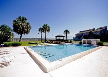 Pensacola Gulf Condos By Rmi Vacations