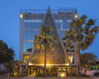 The Palm Boutique Hotel & Residence