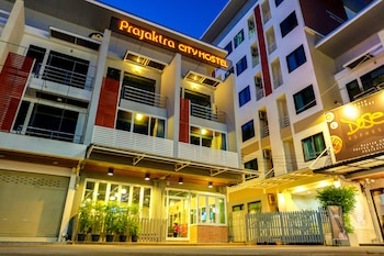 Prajaktra City Hostel