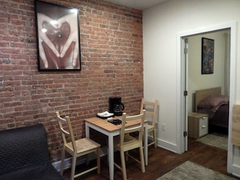 Beautiful Studio Near Central Park New York